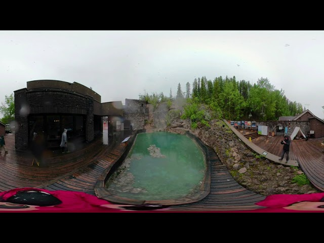 Cave and Basin - Video 360