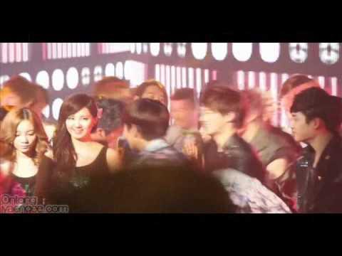 baekhyun and taeyeon dating kiss