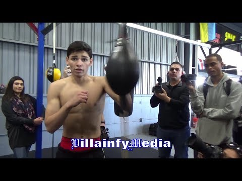 "(LMAO) RYAN GARCIA MACKS ON REPORTER ""WASSUP BABY?"" I CAN STOP TIME WITH MY SPEED? ""I'M THE FASTEST"""