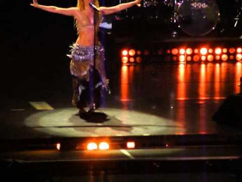 Shakira - Ojos Asi - El Paso, TX 10.12.10