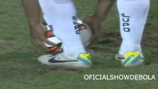 ronaldinho assistance vs newell´s old boys 10 07 2013