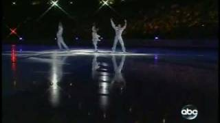 Johnny Weir, Melissa Gregory, Denis Petukhov - Fallen Angels