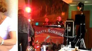 santa romania pont neuf le 3O mai 2O1O 032.AVI