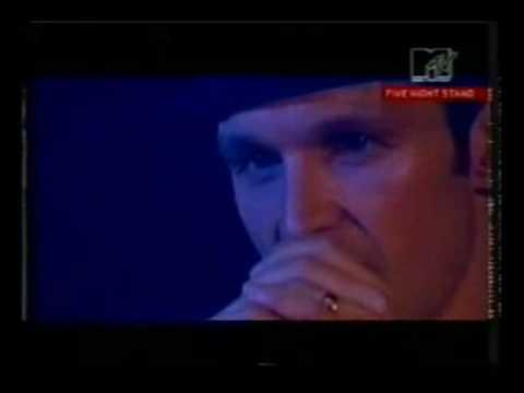 James - Senorita HQ Sound Live In Shephards Bus 2000
