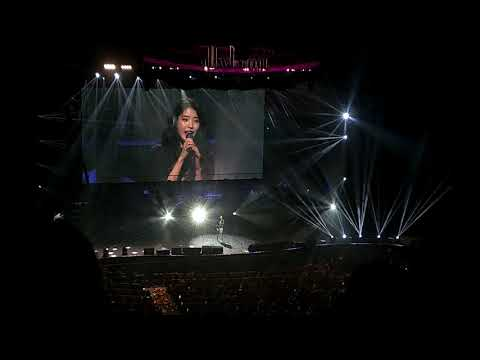(IU - Heart)  Singapore Concert 2018 이지금 Dlwlrma