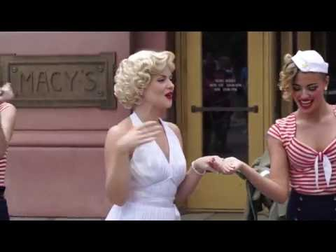 Marilyn Monroe street show at Universal Studios Florida