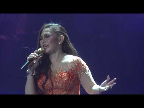 NIa Daniaty - Belahan Jiwa (Live in Concert)