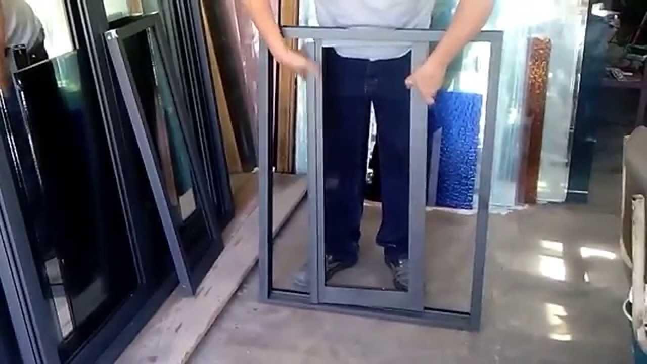 Como hacer lashojas de ventana corrediza de 3 de aluminio for Como hacer una puerta de metal
