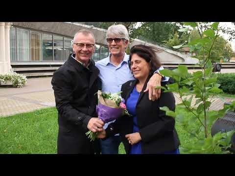 NEW! Eric Roberts planted a tree in St. Petersburg - the cultural capital of Russia