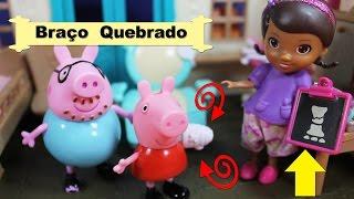 Peppa Pig Cai no Parquinho Parte 2, com Doutora Brinquedos , Português do Brasil