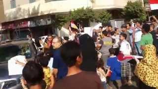 تجمهر لجنة انتخابات لمشاهدة رقص البنات والسيدات