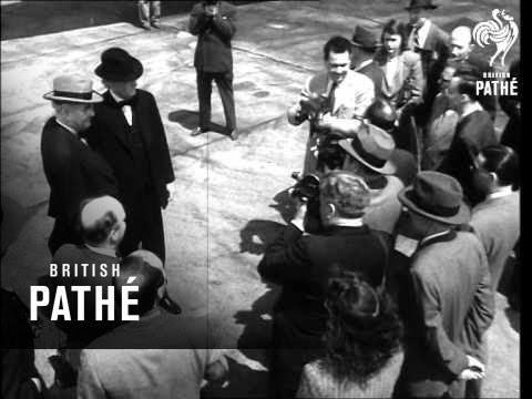 Us Senators Arrive By Plane (1946)
