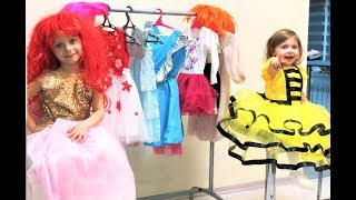 Eva and Alisa Dress Up for a Princess Party for Kids