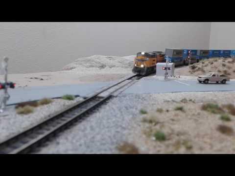 N Scale Mojave Desert Layout: Short run by