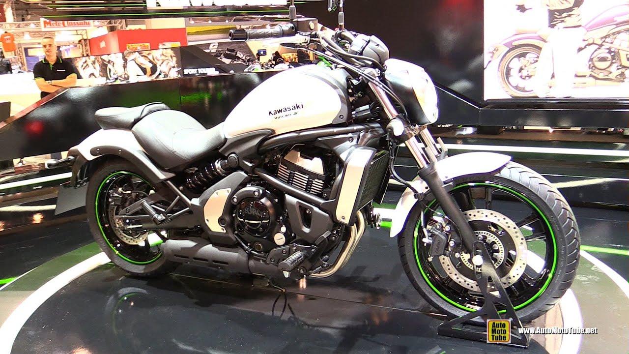 White Kawasaki Vulcan S