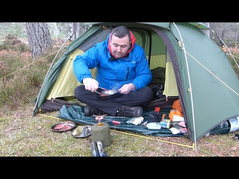 Winter Bushcraft Camping And Cooking  Wild Camping In The Woods Scotland Campfire Cooking