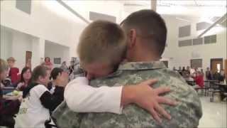 Reencuentro de soldados con sus familias. Si tu no estas aquí. Video ^2013^