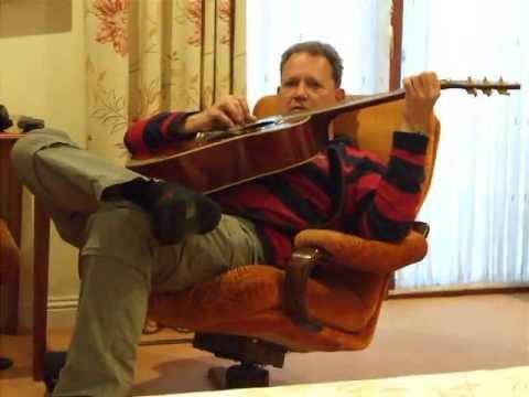 Vrije improvisatie vanuit de luie stoel youtube for Luie stoel