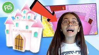 DAD BUYS ME CASTLE ON MEEPCITY! SURPRISE   ROBLOX   FAMBAM GAMING