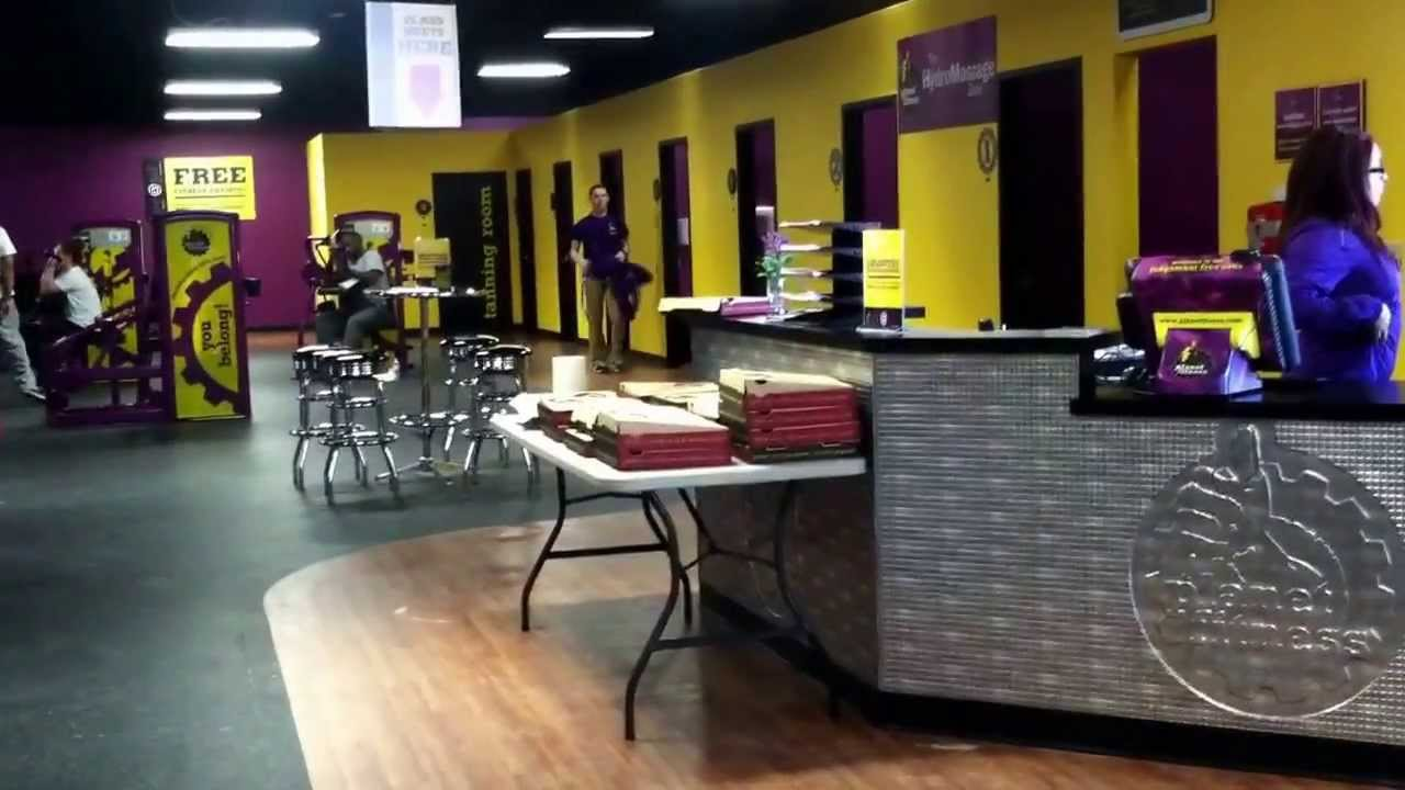 planet fitness pizza party youtube