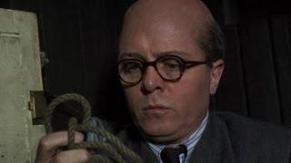 10 Rillington Place (1971) - Some Disturbing Moments