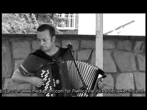 CZESŁAW ŚPIEWA - ucieczka z wesołego miasteczka live- Piwnica Paryska Boleslawiec 2009 p2