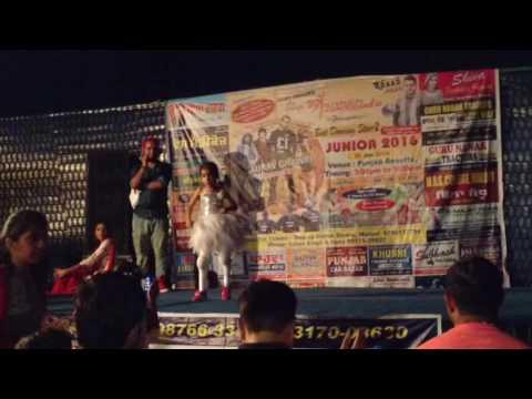 Main Jaane War Du ..... Amber Performance