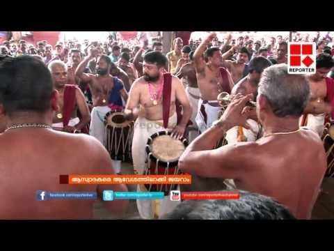 Jayaram performs panchari melam