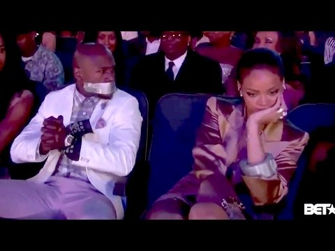 Rihanna Tapes Floyd Mayweather's Mouth Shut at BET Awards