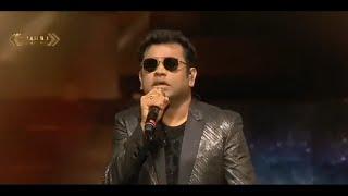 A.R Rahman Singing Musthafa song /nanban song