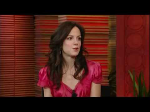 MaryLouise Parker on Regis and Kelly