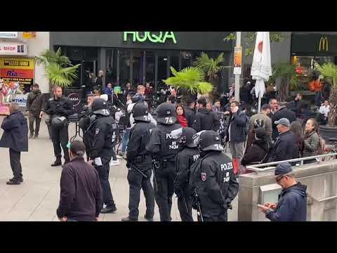 Kurdische Demo Hannover Hauptbahnhof