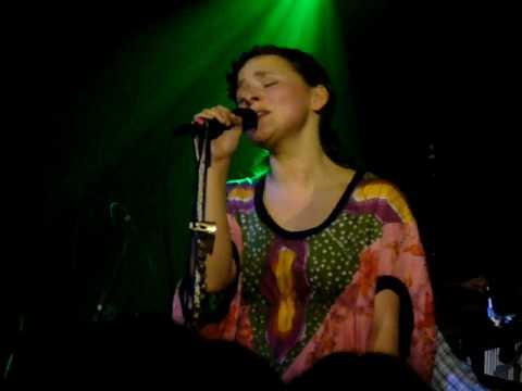 Emiliana Torrini Performs