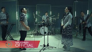Download Wali & Fitri Carlina - Sakit Tak Berdarah (Official Music Video NAGASWARA) #music