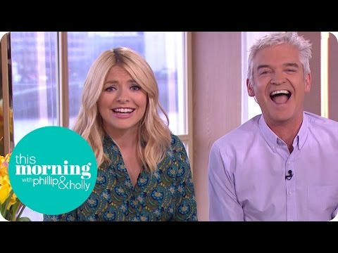 Holly Willoughby's Downing Street Wardrobe Malfunction | This Morning