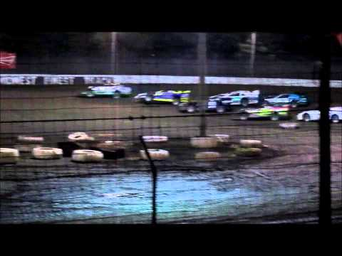 Twin 25 Super Late Model Feature 2014