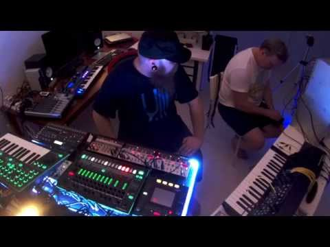 Steve & Ollilab - First Berlin school jam session