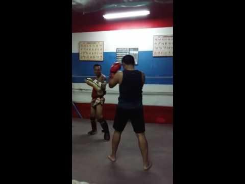 Asep Training Pad Work Muaythai at MTTC JAKARTA