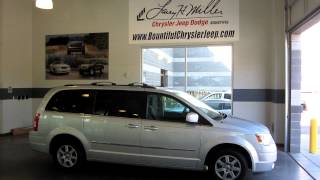 2010 Chrysler Town & Country/ 33600a