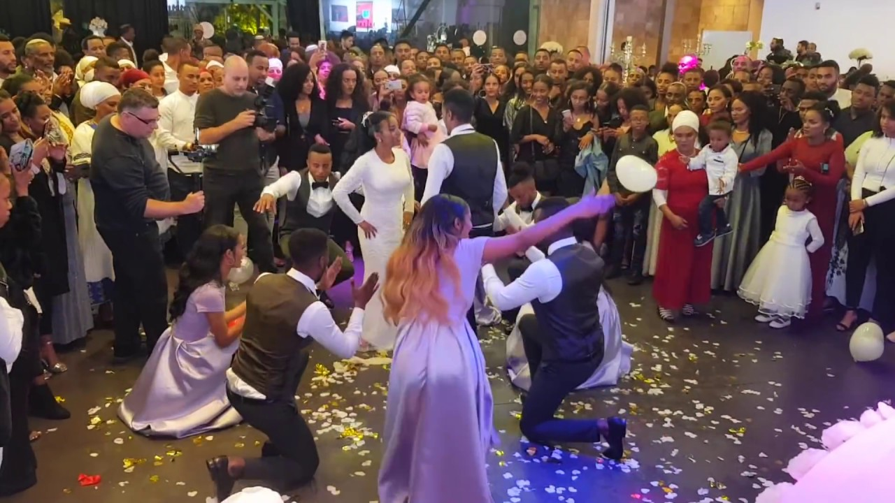 Amlake&Tzehaynesh wedding surprise dance for bride dj germaye 0507819193