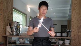 杀手意外失忆,觉得自己刀工不错,改行做了厨子,手艺还不错