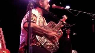 Bob Brozman - Rattlesnake Blues