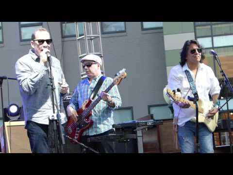 The Ripcords with Pete McMahon and Liz Strodel - Can't Get Enough of Your Love
