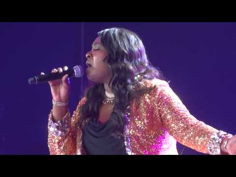 FRONT ROW - Candice Glover - I Am Beautiful