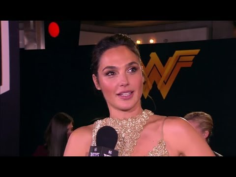 Gal Gadot & Deborah Snyder 'Justice League' World Premiere