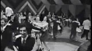 Gigliola Cinquetti - Tipi tipitin _mpeg2video_mpeg2video_001.mpg