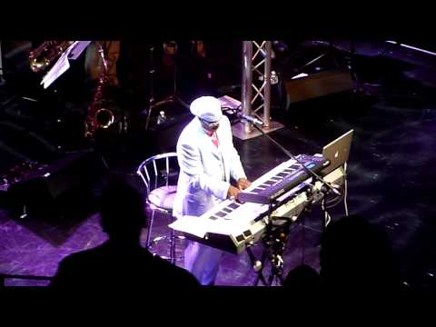 Leroy Hutson - All because of you - Live in London - August 2010