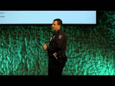Officer Gomez Internet Safety Class