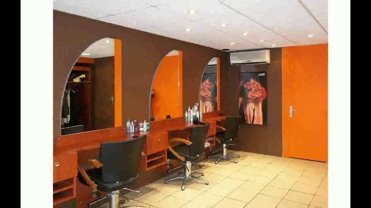 Decoration salon de coiffure youtube for Modele de deco salon