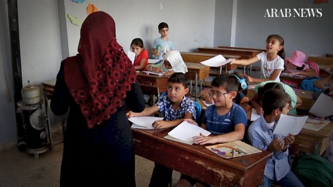 Back to school in Idlib, threatened by a regime offensive